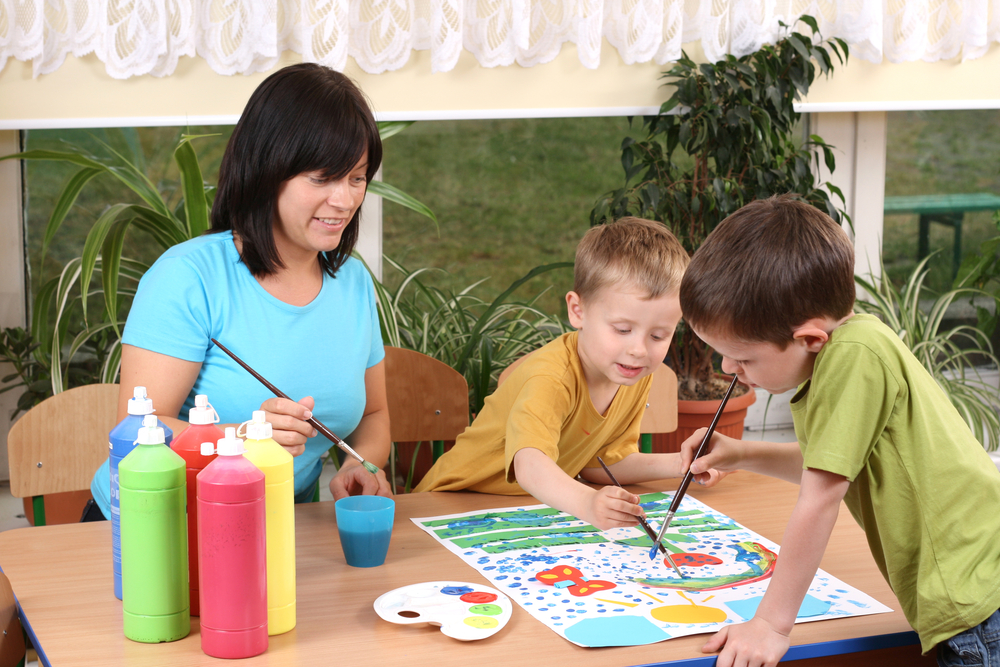 Mom doing activities for 5 year olds