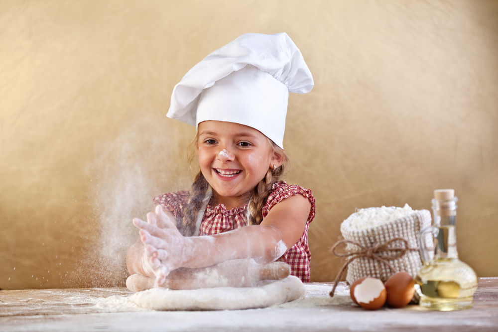 Pretend play with baking